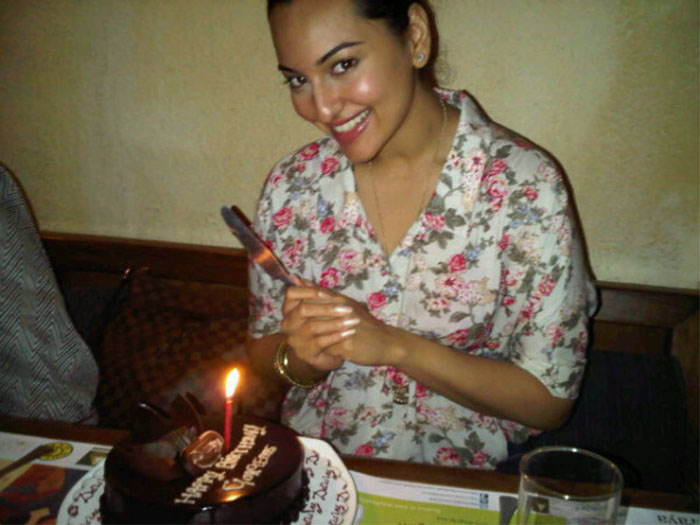 Sonakshi Sinha celebrates birthday