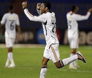 أهداف مباراة الشباب و الأنصار 3-0 في دوري زين السعودي 8-4-2012