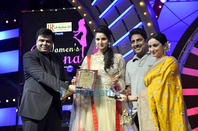 Malaika, Jacqueline & Sania at Women's Prerna Awards 2013