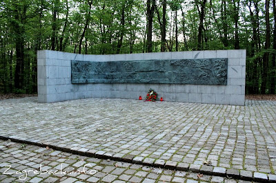 Poginulim Zagrepčanima u NOB - Kosta Angeli Radovani, 1981.
