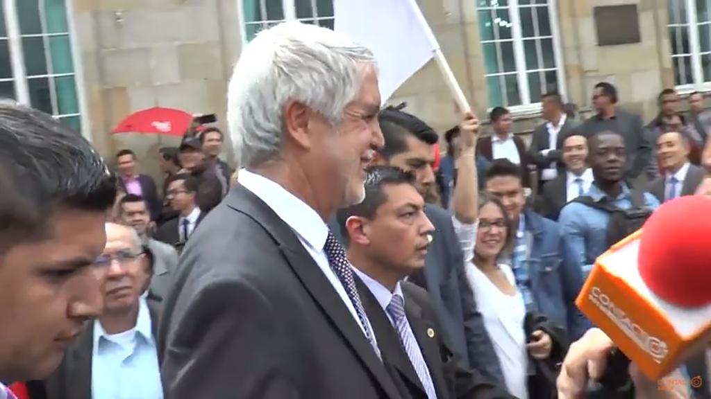 En Colombia ordenan expropiar miles de cuentas bancarias