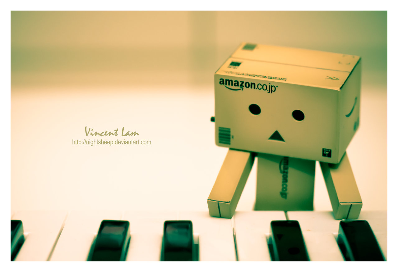 Pianist Danbo Wallpaper