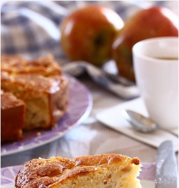 Potingues y fogones bizcocho de manzana y almendra for Bizcocho de yogur y almendra