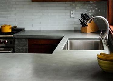 capa de concreto dejan un gris natural para crear un aspecto coherente y en esta cocina residencial ver artculo completo en ingls