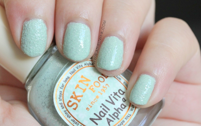 Skinfood Nail Vita Alpha ASG05 - Mint Candy nail swatches