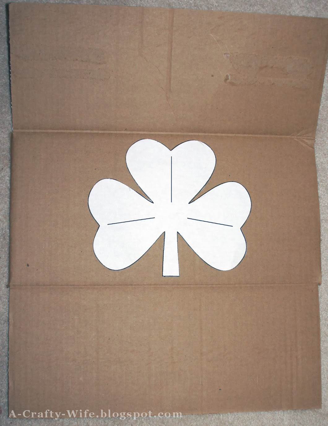 Print shamrock template from computer and trace onto cardboard | A Crafty Wife