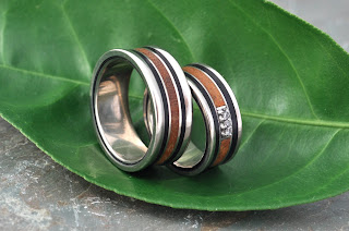 Handmade wood and gold rings by Marlon Obando Solano