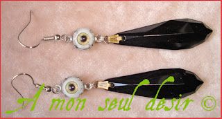 boucles d'oreilles oeil yeux cyclope gothique eye earrings gothic goth jewel