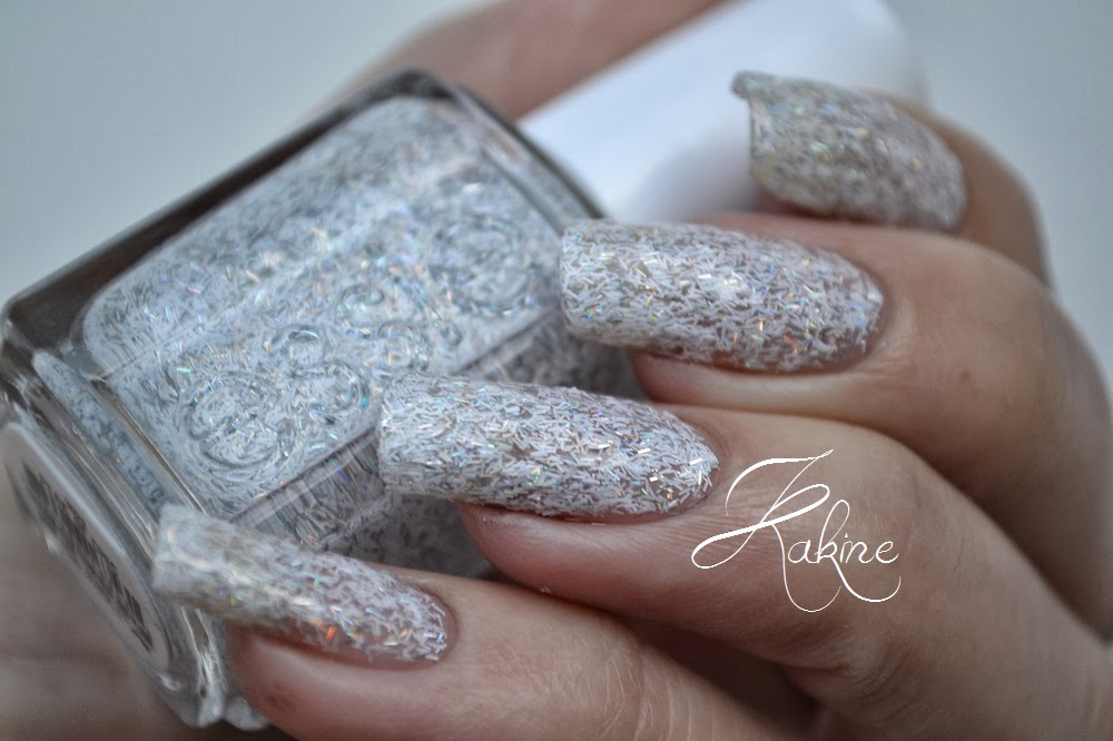 Kakine Nail Art Essie Peak Of Chic Encrusted Treasures
