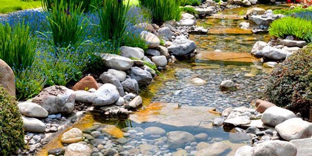 Percantik Taman Rumah, Degan Sungai Kecil