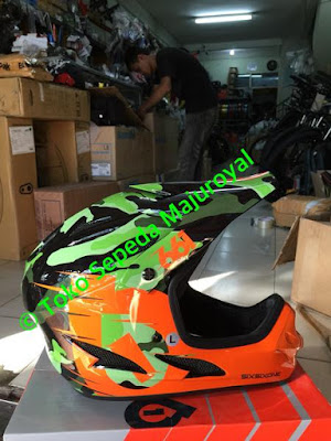 Helm Fullface 661 Comp 2106