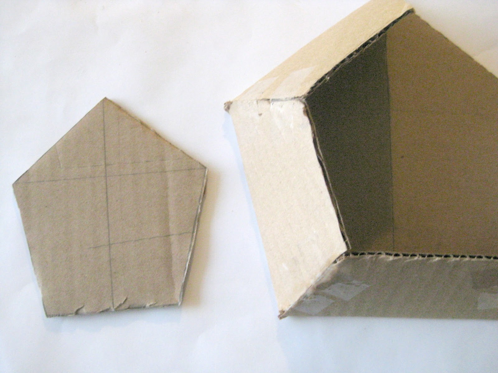how to make a wall pocket out of paper