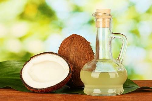 Tinh dầu nguyên chất có khả năng xóa mờ vết thâm, làm da bụng của các mẹ sau sinh săn chắc và nhanh chóng phục hồi