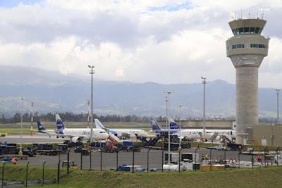 vuelos internacionales desde Quito