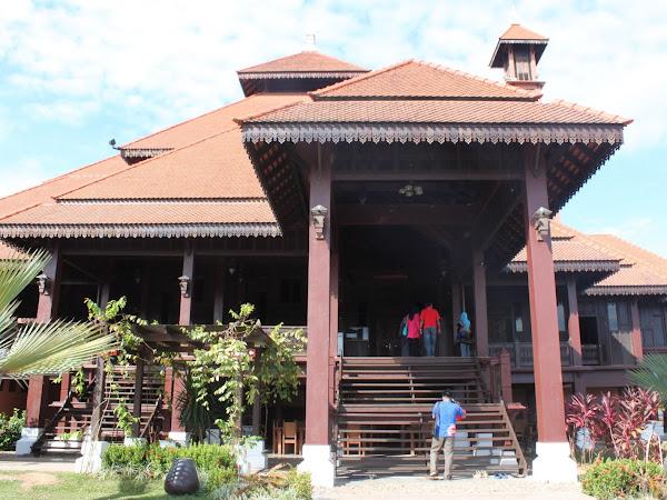 Trip Blogger Putrajaya : Jelajah Pantai Timur : Edisi 4