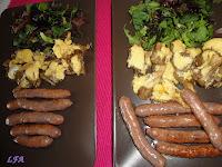 Combinado de salchichas, setas y ensalada