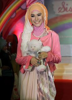 Hijab Ala Selebriti
