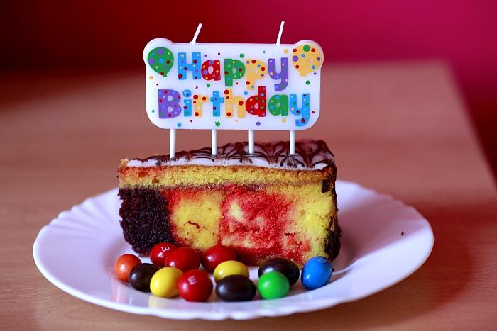 birthday cake, lentils, punčový řez, narozeniny