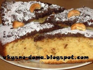 Кекс на простокваше с шоколадной заливкой и орехами