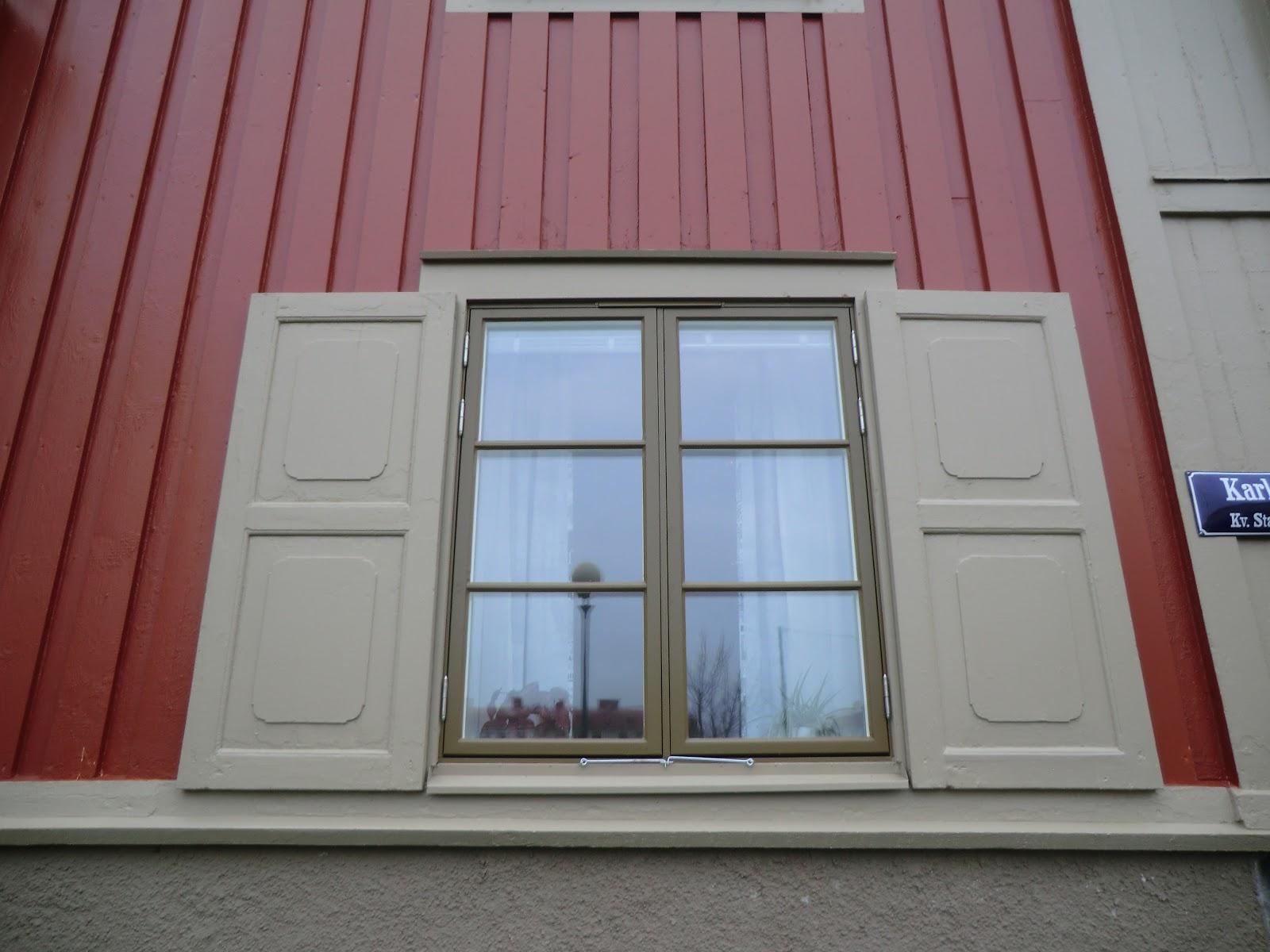 #3D608E janela para durar mais 40 50 anos de madeira e com perdas  1618 Vidros Termicos Janelas