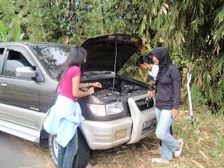 Pada mesin diesel, tidak boleh sampai terlambat mengisi tangki bahan bakar/tangki kekeringan. Ingat POINT INI YA ... !!