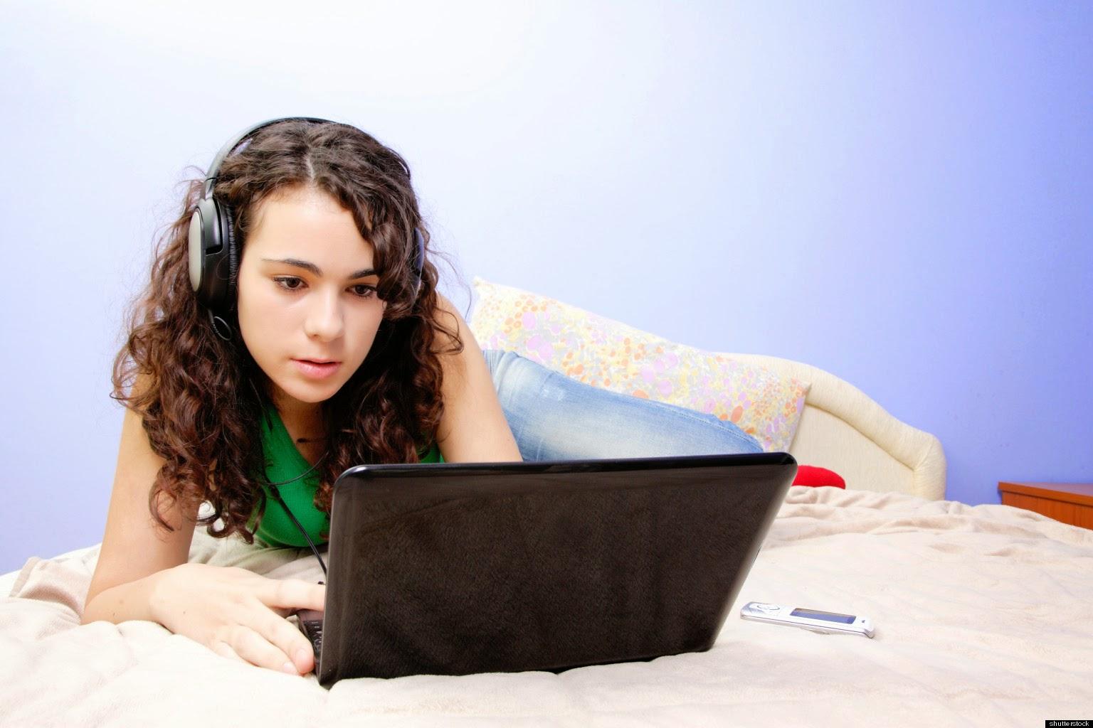 Вирт секс по скайпу: бесплатные знакомства по веб-камере