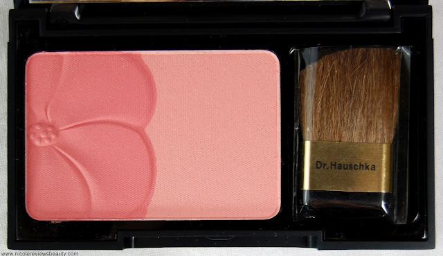 Dr. Hauschka Natural Pastels Rouge Powder Duo in Soft Rose