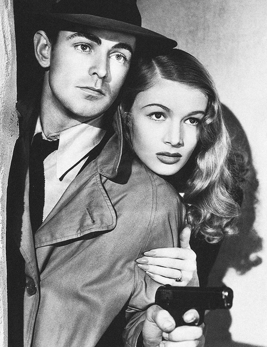 6f22df73c51 Alan Ladd and Veronica Lake in the Movie  This Gun for Hire