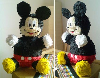 Mickey, mi primera piñata