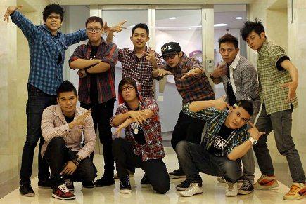 Boy Band XO IX