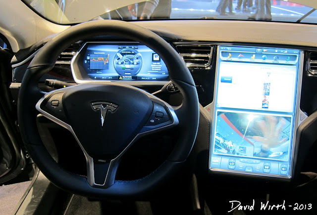 automotive dealer, electric car dealer, 2013 tesla, 2014, dashboard, screen
