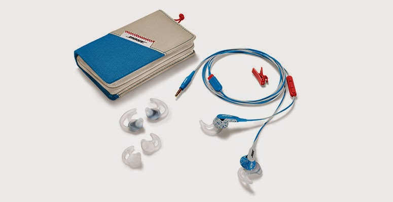 FreeStyle™ earbuds Ice Blue package content