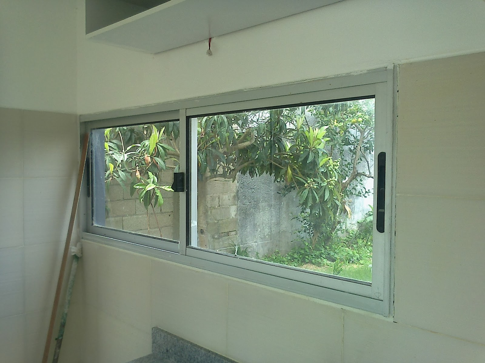 Presentamos las ventanas que fabricamos para casas for Ventanas de aluminio para cocina