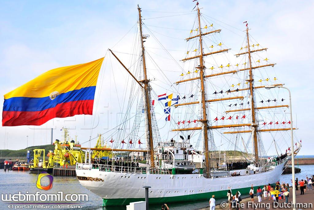 """""""Nos reviste de orgullo, fervor y lealtad cada día, al ver como se ondea con el viento marino el tricolor colombiano en aguas internacionales, llevando lo mejor de cada uno de los rincones de Colombia a bordo""""."""