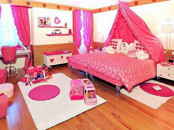 kamar tidur Hello Kitty terbaru