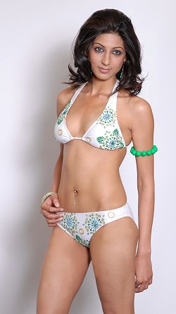 Miss Pakistan Bikini Pictures Photoshoot images