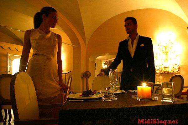 En una cena rom ntica m s detalles que abundancia los for Cena romantica que cocinar