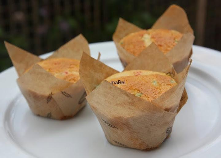 Moldes de papel para magdalenas o cupcakes 6 parte pasteles de colores - Moldes papel magdalenas ...