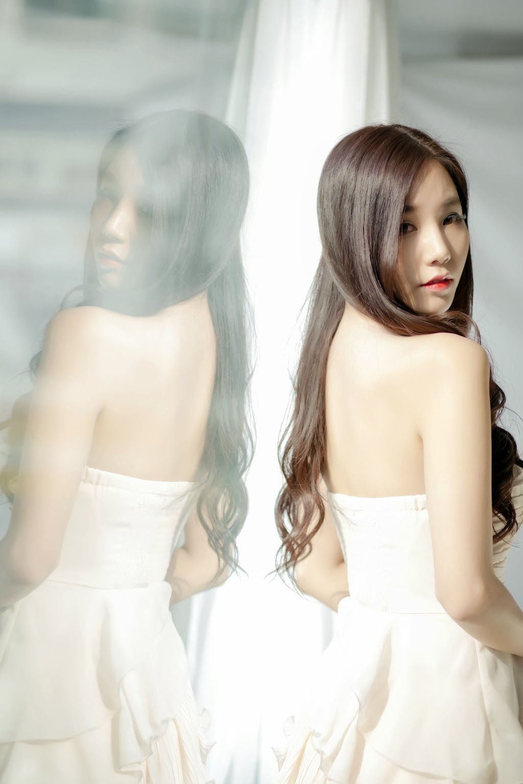 Lee Ji Min Beige Dress Beauty