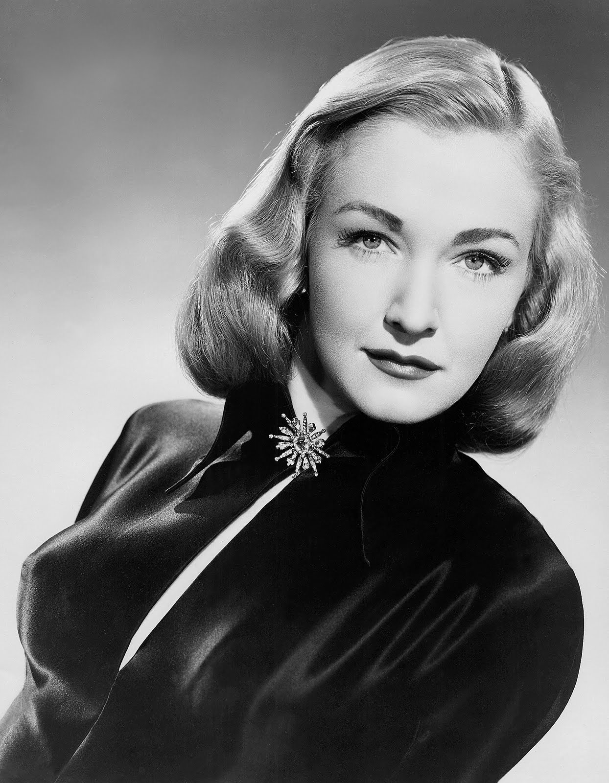 Nina Foch Net Worth