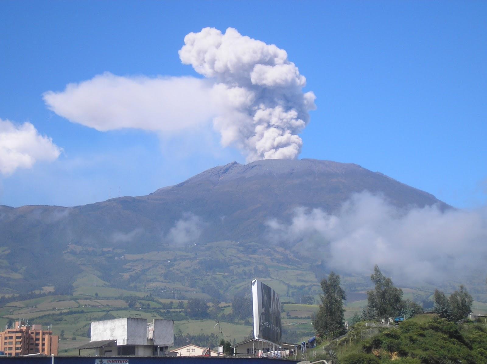 Erupción del volcán Galeras el 19 de agosto de 2005