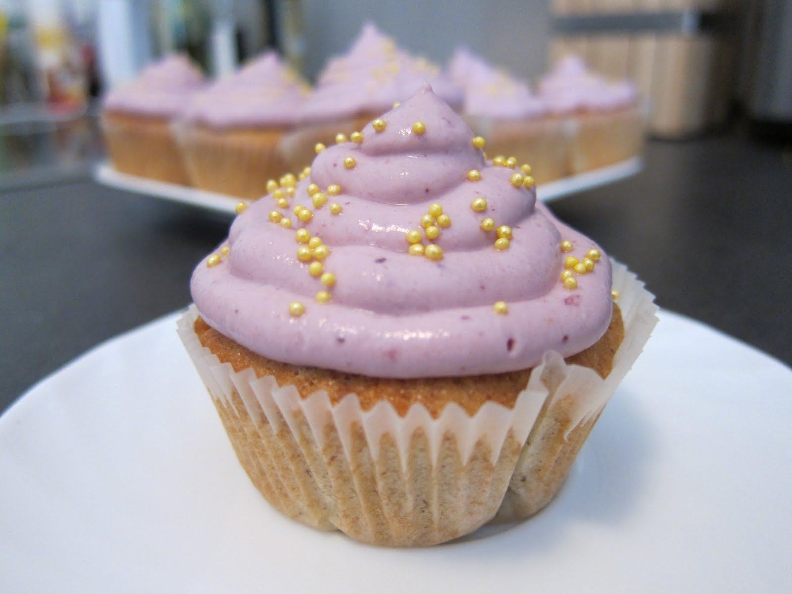 Vanille-Beeren-Cupcake