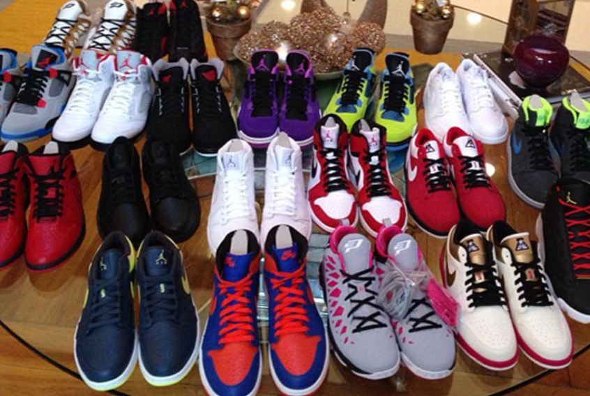> Chris Paul Showing Off Some Upcoming 2013 Air Jordan 4 Sneakers & More (Images) - Photo posted in Kicks @ BX  (Sneakers & Clothing) | Sign in and leave a comment below!