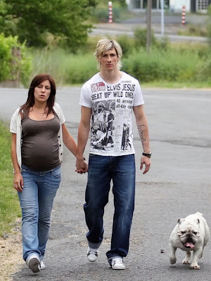 Fernando Torres with Wife