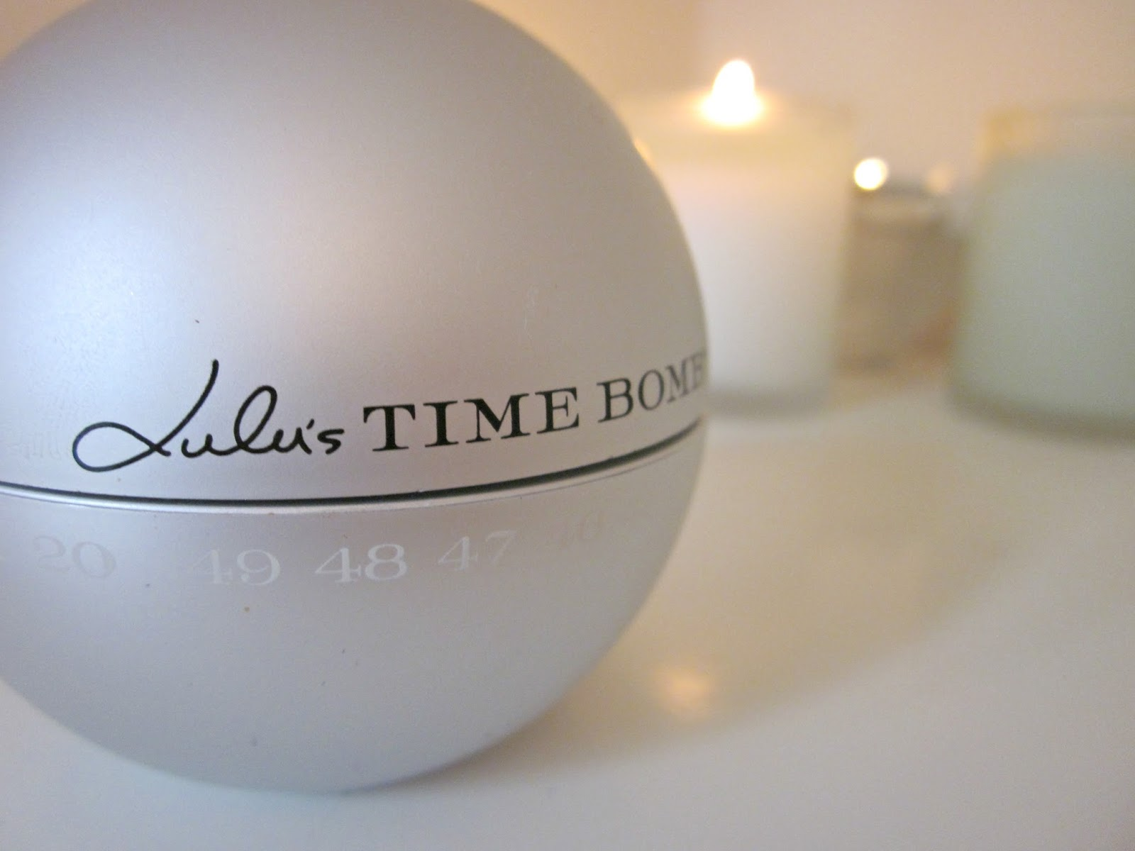 lulu's time bomb neck jaw chest cream