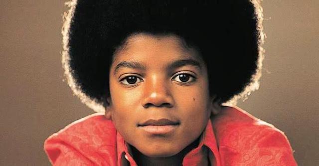 Foto Michael Jackson kecil