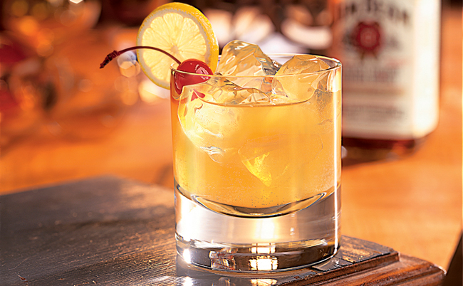 The food aisle whiskey sour for Best simple mixed drinks