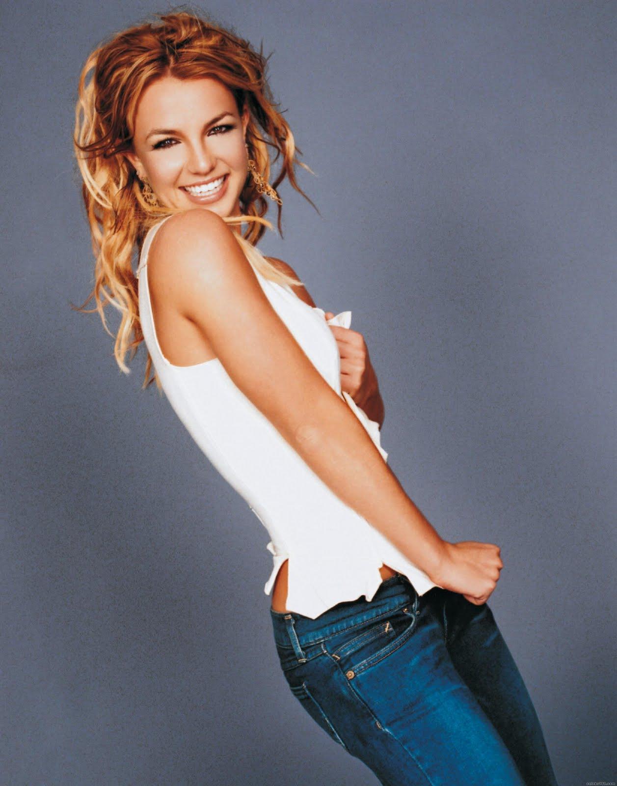 http://3.bp.blogspot.com/-bGNxvYWn0a0/TsPKothjngI/AAAAAAAAA1c/IFU04I7LU2g/s1600/Britney-Spears-body.jpg