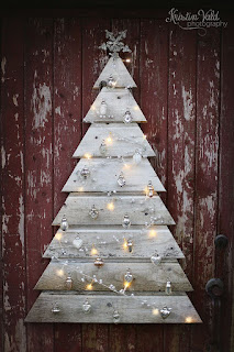CHRISTMAS TREE, TREE FROM PALLETS, ALTERNATIVE CHRISTMAS TREES, TREES FROM RECYCLED WOOD, CHRISTMAS DECORATION, window decoration, professional decoration, home decor