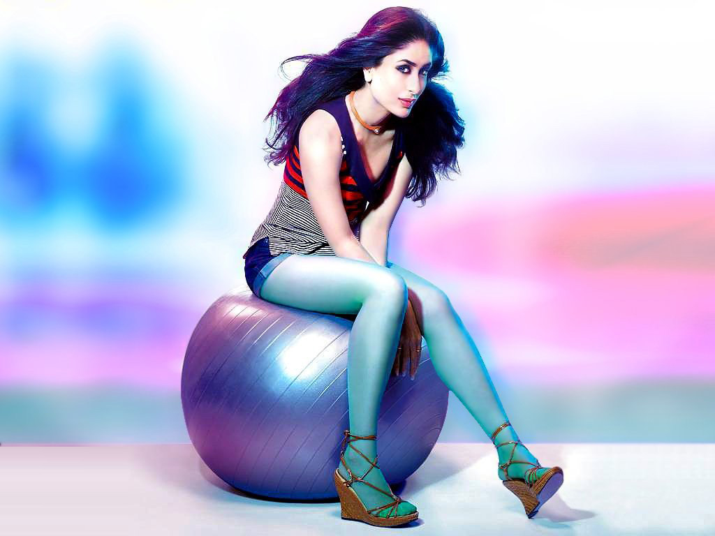 kareena kapoor colorful pics